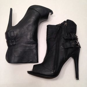 New womens booties heeled size 10 black